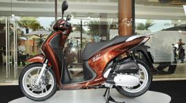 Honda SH mới ra mắt, tăng giá nhẹ