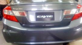 """Rò rỉ ảnh """"nóng"""" Honda Civic trước ngày ra mắt?"""