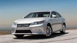 Lexus ES 350 và ES 300h 2013: Bước tiến mới