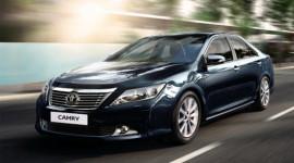 """Toyota Camry 2012 """"gia nhập"""" thị trường Ấn Độ"""