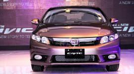 Thêm tiện ích, Honda Civic mới làm lu mờ Civic cũ