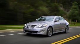 Hyundai giới thiệu Genesis 2013 hấp dẫn hơn