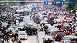 Hà Nội: Xe đăng ký mới giảm một nửa