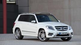 Nhiều ưu đãi khi mua xe Mercedes-Benz