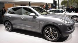Porsche Cayenne S Diesel ra mắt tại Paris