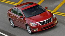 Nissan Altima 2013 đạt tiêu chuẩn an toàn 5 sao