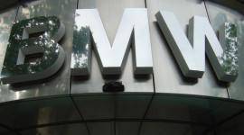 BMW chuyển hàng vạn xe khỏi châu Âu