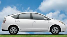 Prius - Chiếc xe bán chạy nhất ở California