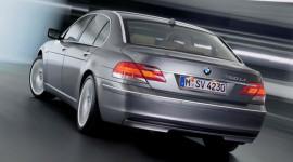 BMW thu hồi 7-Series do lỗi chốt cửa