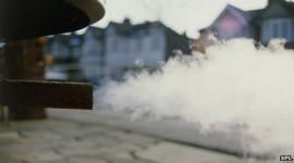 Máy nổ ra nhiều khói, cần làm gì?