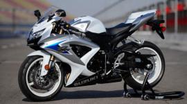 Suzuki dừng sản xuất xe mô-tô tại Tây Ban Nha