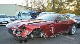 Cristiano Ronaldo rao bán siêu xe bị nạn