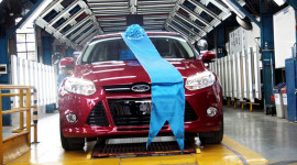 Ford Focus hoàn toàn mới đầu tiên xuất xưởng tại VN