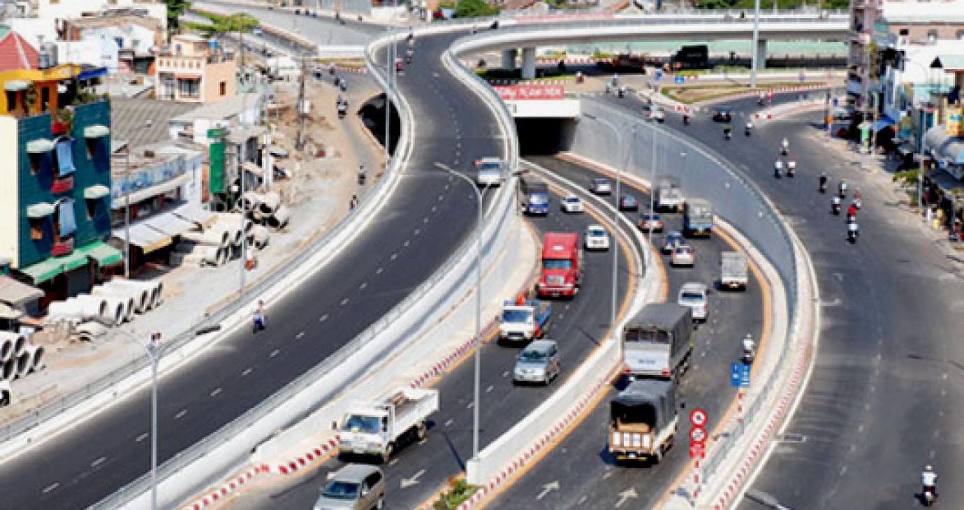 Chính thức thu phí đường bộ từ 1/1/2013