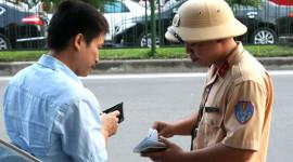 Chính phủ yêu cầu tạm dừng phạt lỗi 'xe không chính chủ'