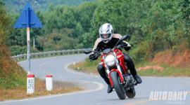 """Cảm nhận """"quái vật"""" Ducati Monster 795 trên đường phố Việt"""