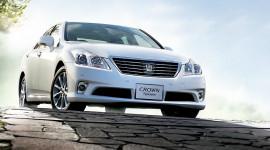 Toyota Crown 2013 chính thức lộ diện