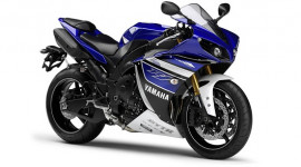 Yamaha giới thiệu YZF R1 2014 phiên bản MotoGP