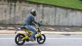 """Hỏng """"cậu nhỏ"""" vì đi xe máy"""