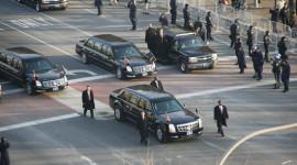 """""""Choáng"""" với đoàn xe hộ tống Tổng thống Mỹ"""