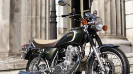 Yamaha SR400 – Quà tặng Lễ tình nhân 2013