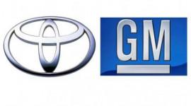 Năm 2012, vì sao Toyota giành lại ngôi vương từ GM?