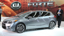 Cận cảnh Kia Forte hatchback 5 cửa thế hệ mới