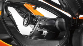 Lộ ảnh nội thất của siêu phẩm McLaren P1