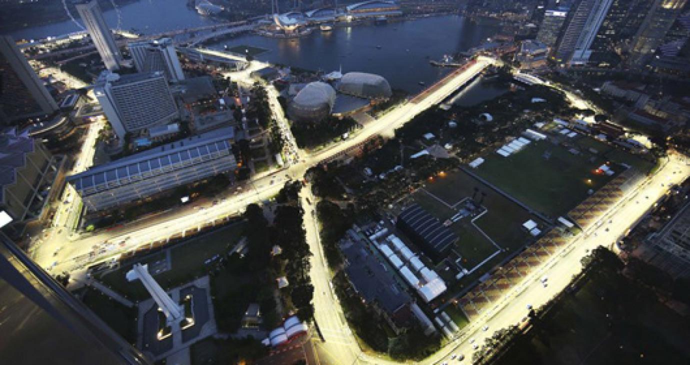 Cơ hội sang Singapore xem F1 với giá rẻ