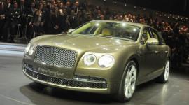 """""""Tân binh"""" Bentley Flying Spur 2014 trình làng"""