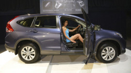 Honda ra mắt CR-V mới tại Malaysia, giá 992 triệu đồng