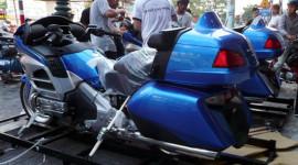 Bộ đôi Honda GoldWing 2013 cập cảng Sài Gòn