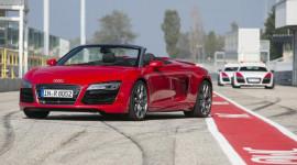 Audi R8 2014 có giá từ 114.900 USD