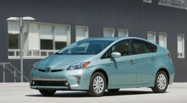 Giá nhiên liệu giảm, Toyota Prius có thể thất thu