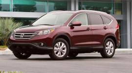 Tháng 4: Honda CR-V dẫn đầu phân khúc compact crossover