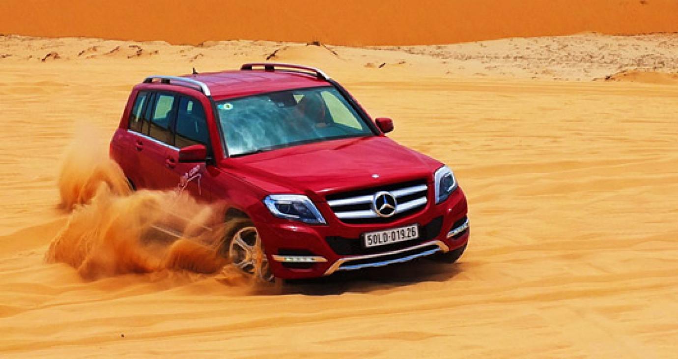 """Xe sang Mercedes sắp """"đại phá miền cát trắng"""" Mũi Né"""