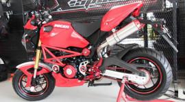 """Honda MSX125 """"lột xác"""" thành Ducati Monster"""