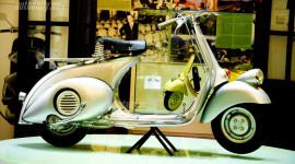 Ngắm chiếc Vespa cổ giá 1,25 tỷ đồng tại Hà Nội