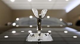 """Nhà giàu Manila và Hà Nội """"hấp dẫn"""" Rolls-Royce"""