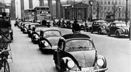 """Hitler, Volkswagen và """"con bọ"""""""