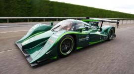 Chiếc xe điện nào chạy nhanh nhất?