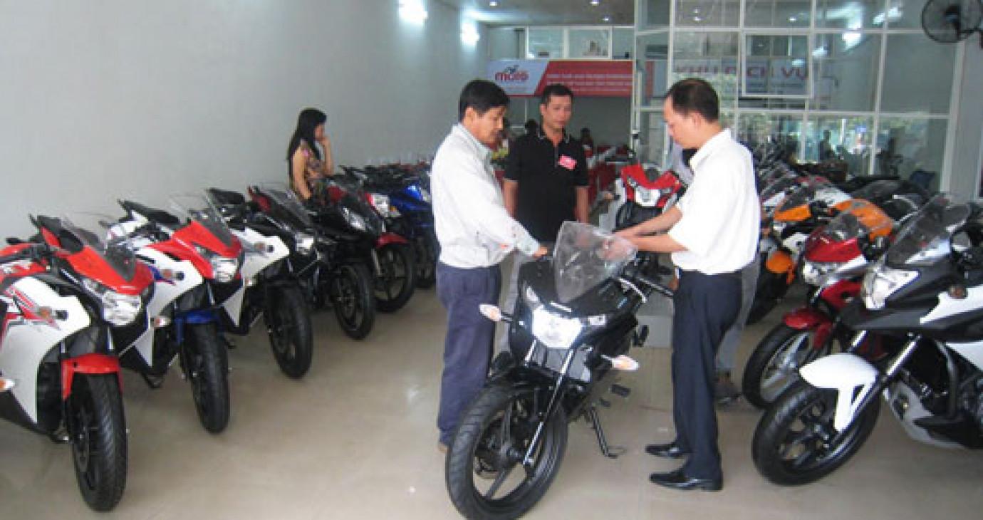Sở hữu môtô ở Việt Nam – Trăm cái khó
