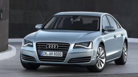 Audi nâng cấp A8 sedan để cạnh tranh với Mercedes S-Class