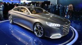 Hyundai phát triển xe cạnh tranh với BMW 3-Series