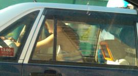 Đỏ mặt nhìn cặp đôi sex trên taxi giữa ban ngày