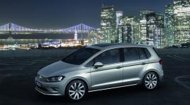 Golf Sportsvan – compact minivan mới của Volkswagen