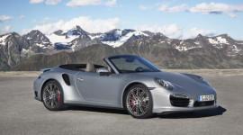 Bộ đôi Porsche 911 Turbo mui trần trình làng