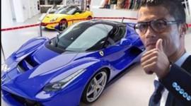 """Ký hợp đồng """"siêu khủng"""", Cristiano Ronaldo sắm xe triệu đô"""