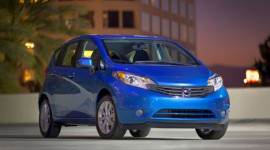 Nissan Versa thống trị phân khúc xe nhỏ