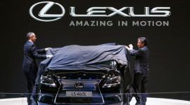 """""""Đôi cánh"""" của Lexus"""